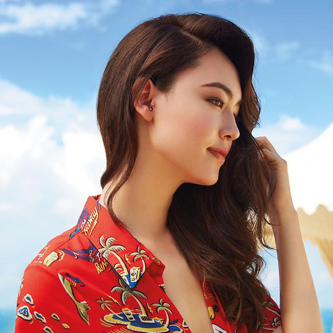 05 - Fiona Fussi, Austrian Hong Kong-Chinese model