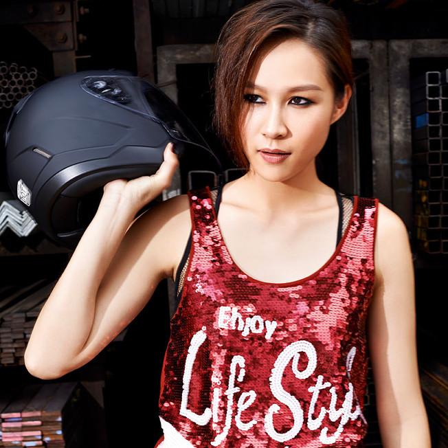 01 - Yahui, actress