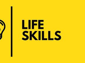 Le competenze di vita essenziali per ogni adolescente