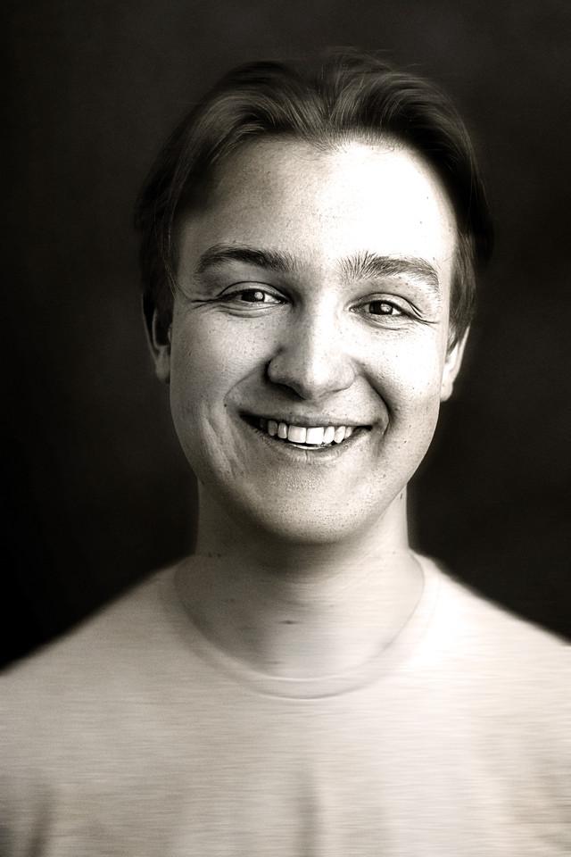 Tom Ashley photographed by Snappyclicky