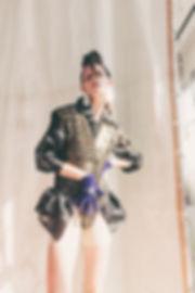 Look_6_1.jpg