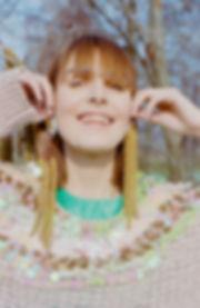Look_9_film.jpg