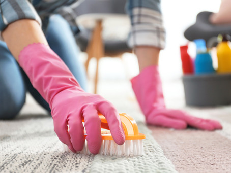 How to Effectively Remove Mud Stains From Carpet