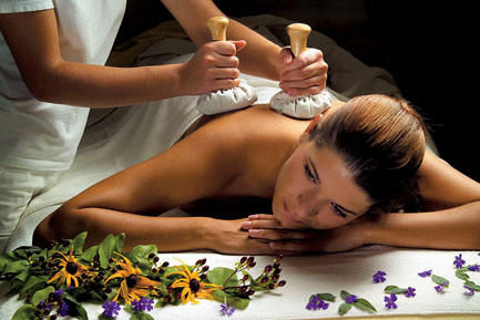 "Massage ""Pinda Swedhana"""