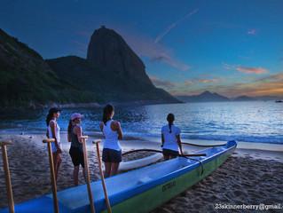 Meninas da Canoa Havaiana