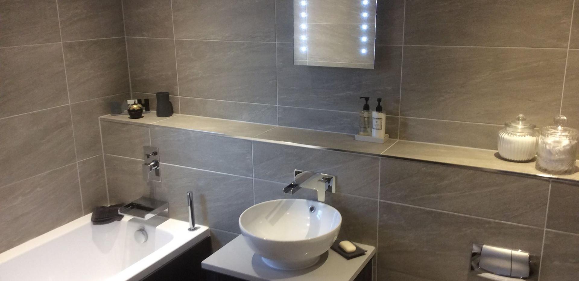 bathroom 6.jpg