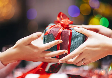 7 Gifts for Real Estate Investors