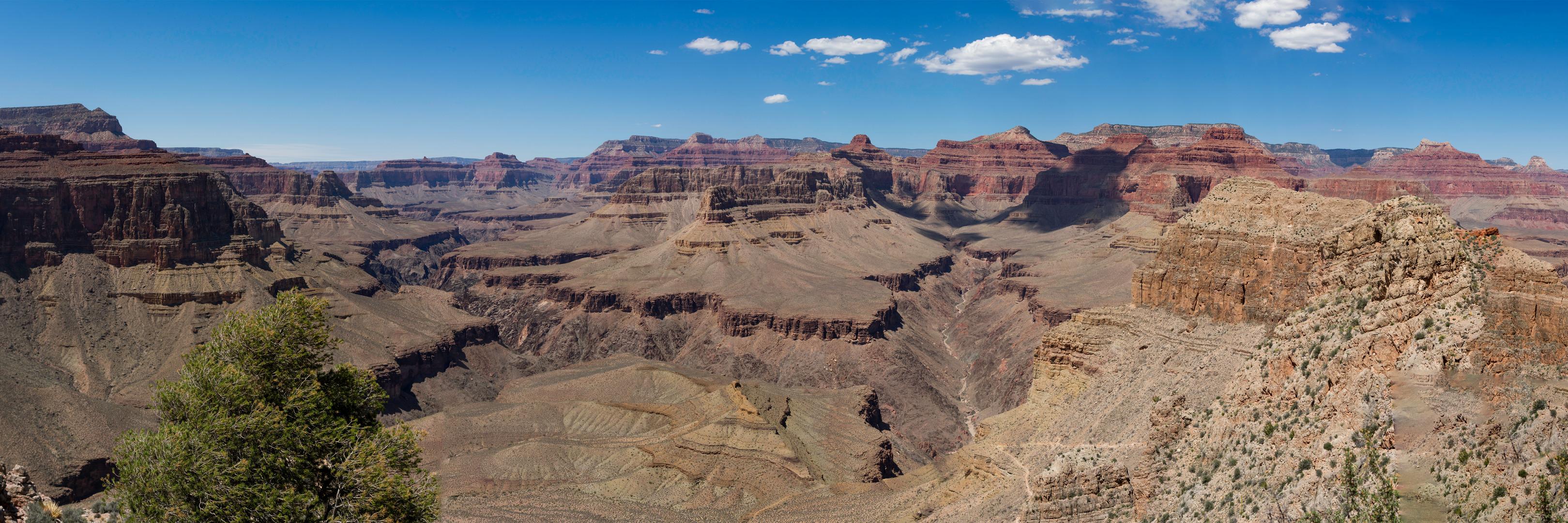 Golden Canyon (25MB).jpg