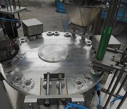 macchina-riempimento-capsule-300x225.jpg