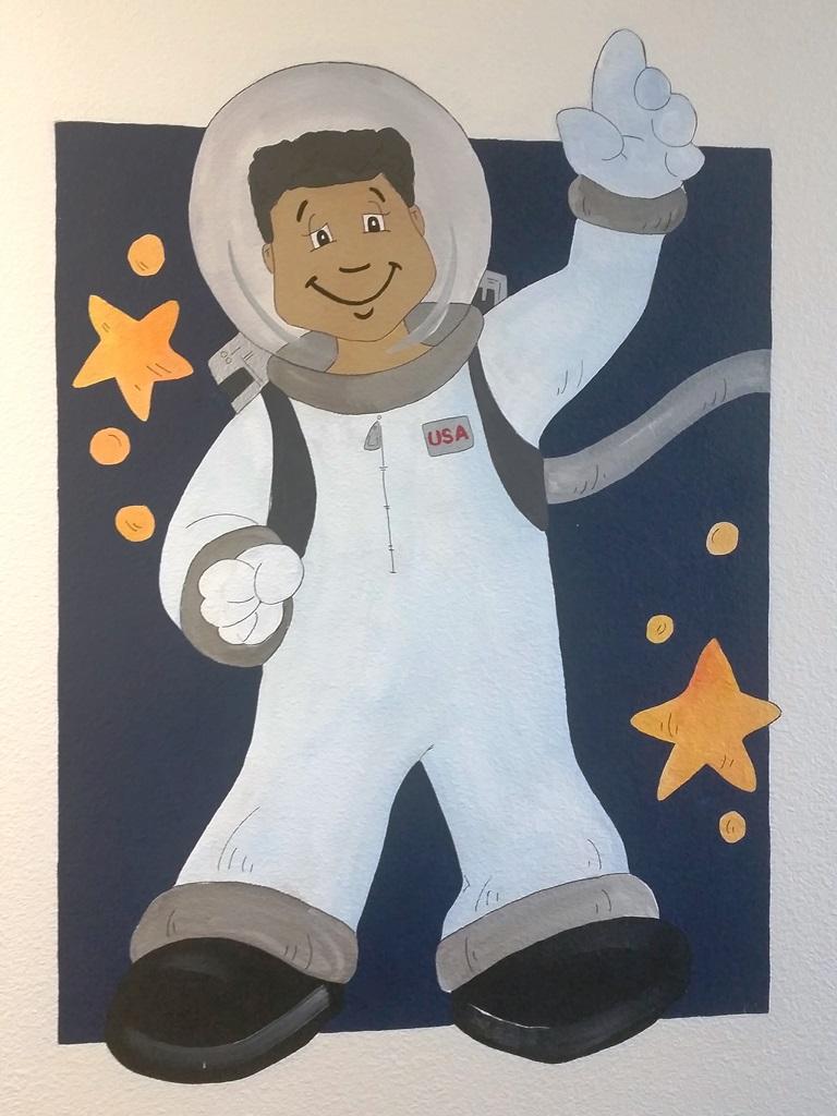 Astronaut (4)