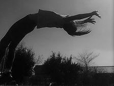 Jeanne flic noir et blanc 2.jpg