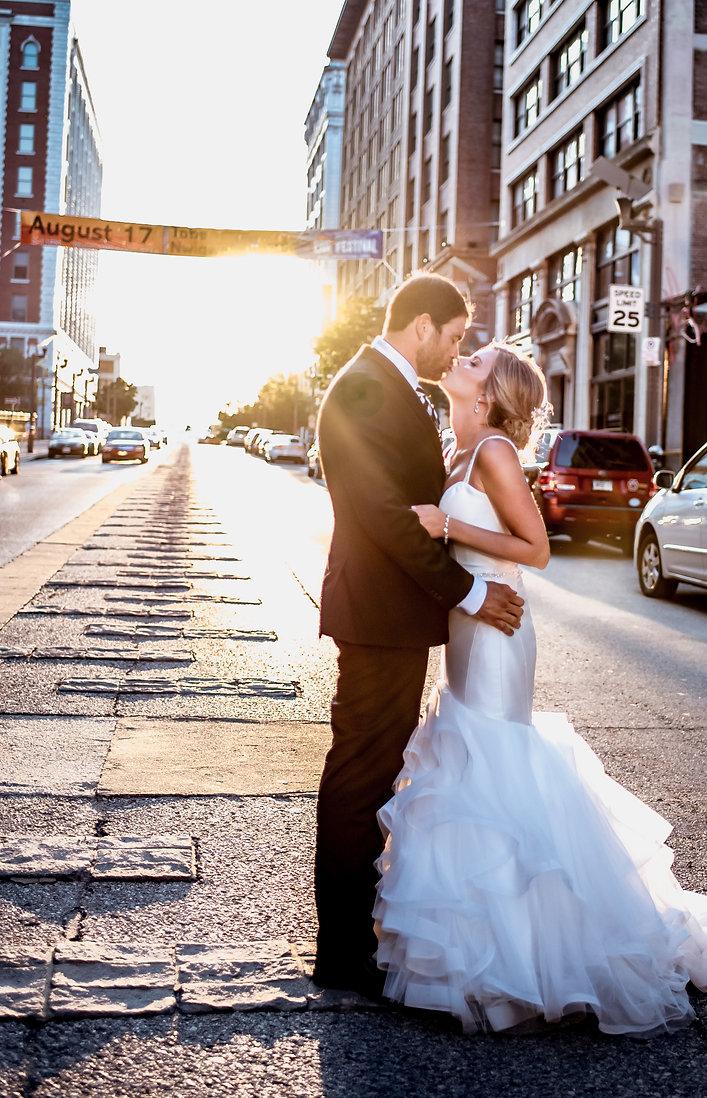 Downtown-St-Louis-Wedding-Photos-Missouri