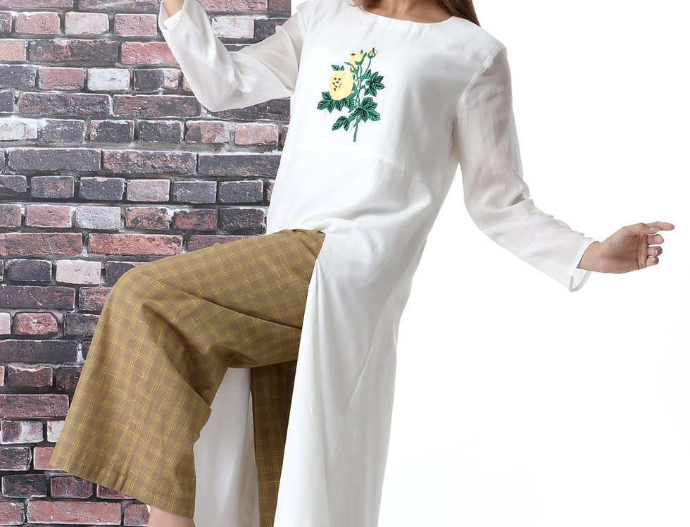 YELLOW ROSE WHITE KURTA WITH CHEQUERED BOX PANTS