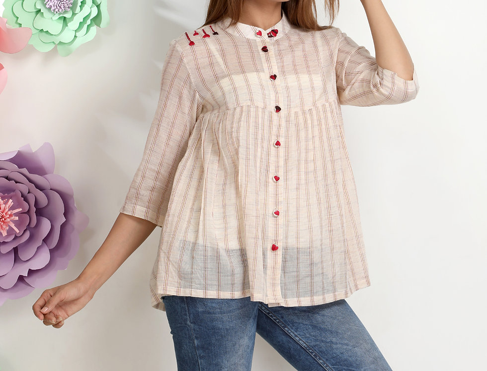 PLEATED TOP WITH HEART EMBROIDERY