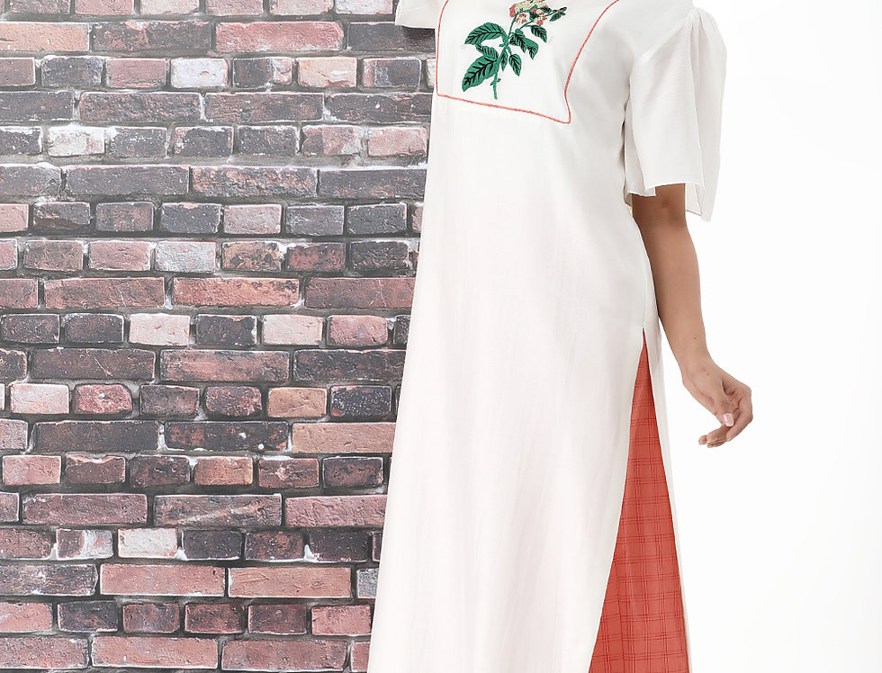HELIOTROPE WHITE KURTA WITH CHEQUERED BOX PANTS
