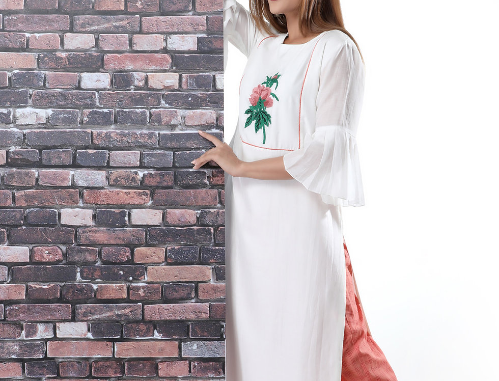 PEONY WHITE KURTA WITH CHEQUERED BOX PANTS