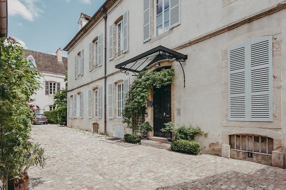 La Maison des Courtines - Entrée-min.jpg