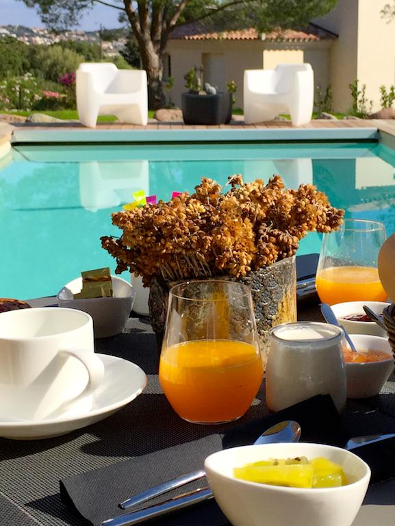 A Muredda Calvi - petit déjeuner - www.