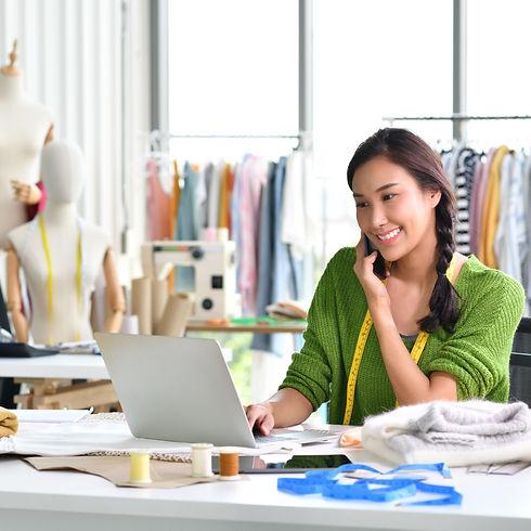 business-woman-entrepreneur-CD8HJU2_edit