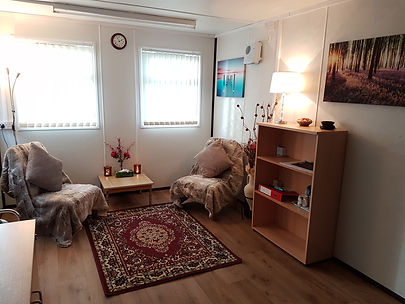 photo of Oldham therapy room