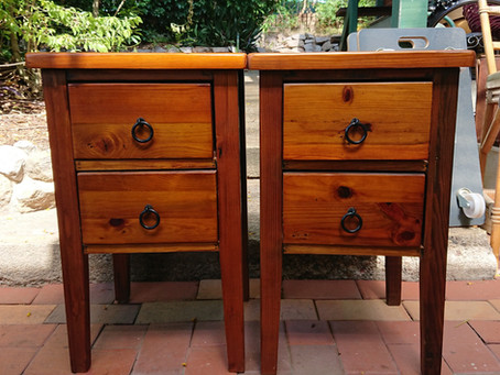 Upcycling tipical old orange furniture to modan rustic furniture