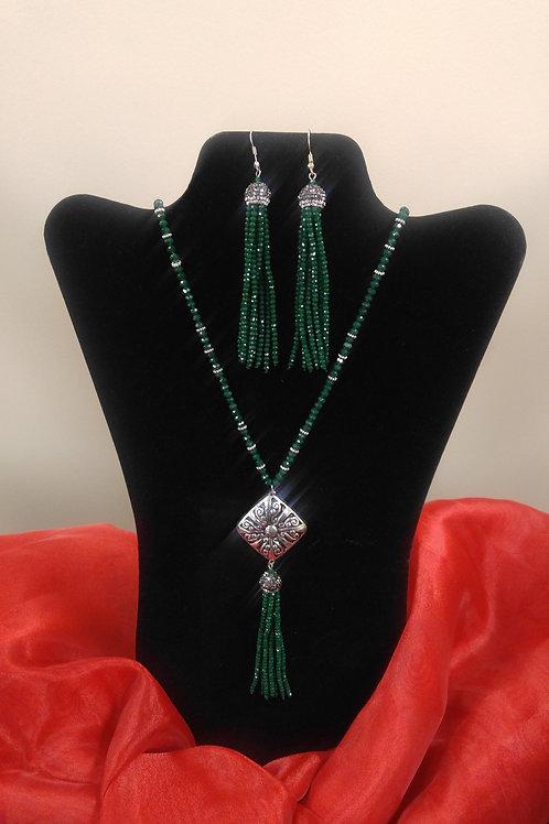 Season Green Necklace Set