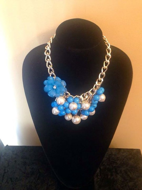Chunky Blue & Pearl  Necklace