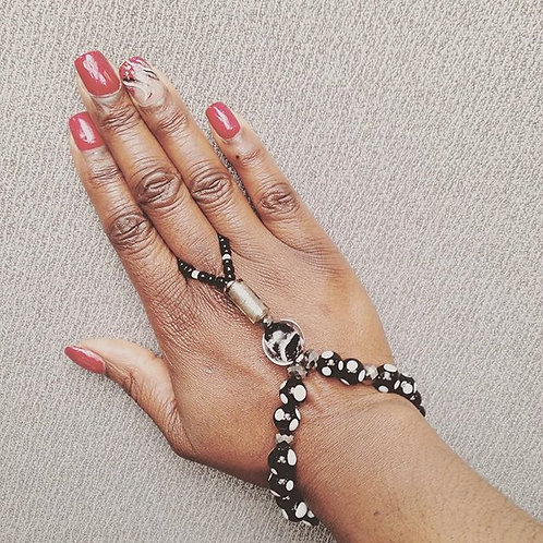 (It's All Black & White) Ring Bracelet