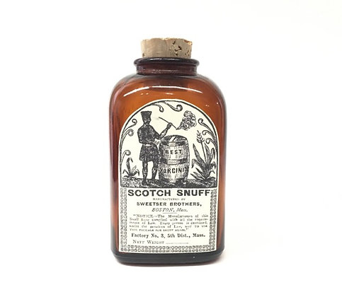 Period Snuff Bottle