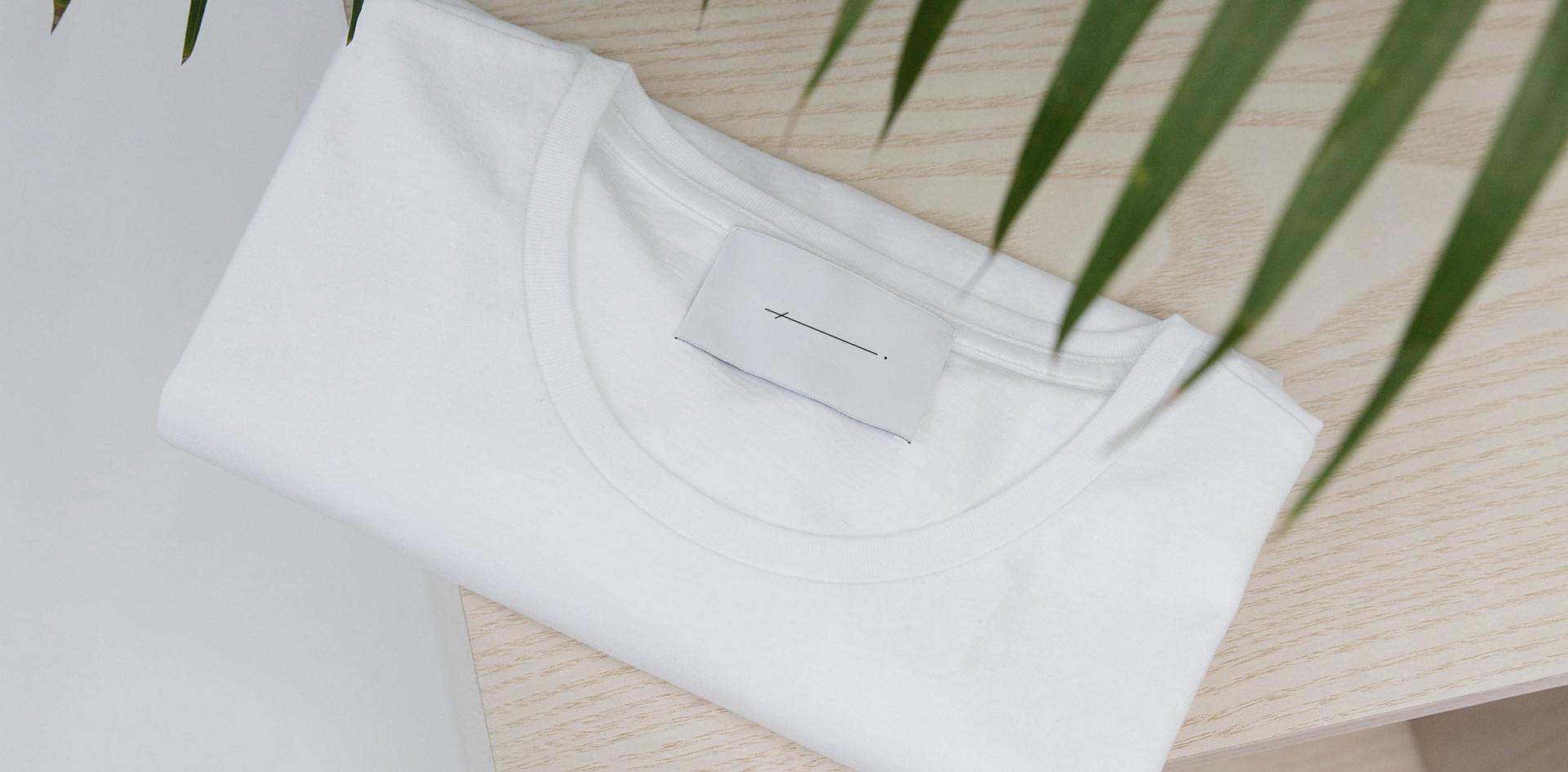 折りたたみTシャツ