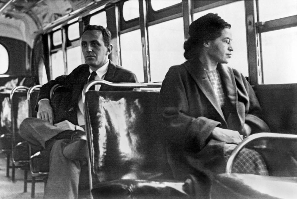 rosa parks bus picture, rosa parks image, segregation picture