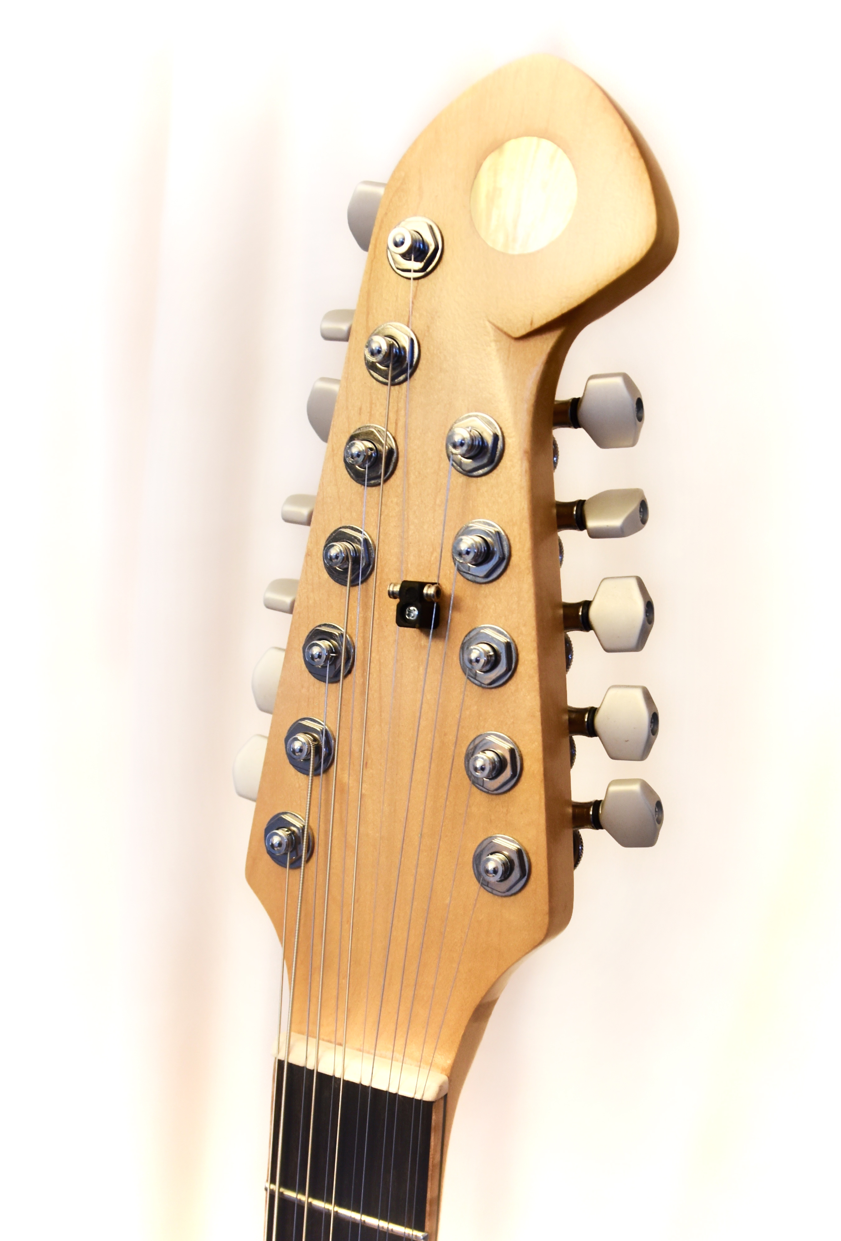12 String Headstock