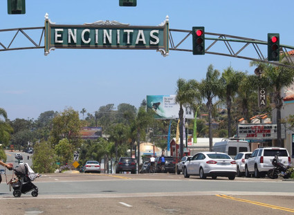 Encinitas toys with idea of downtown pedestrian scrambles