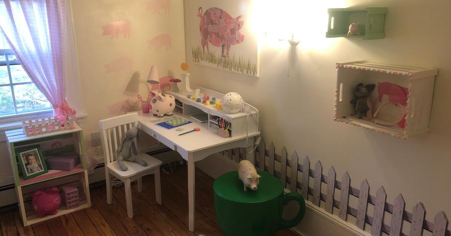 Piggy Tea Time Bedroom!