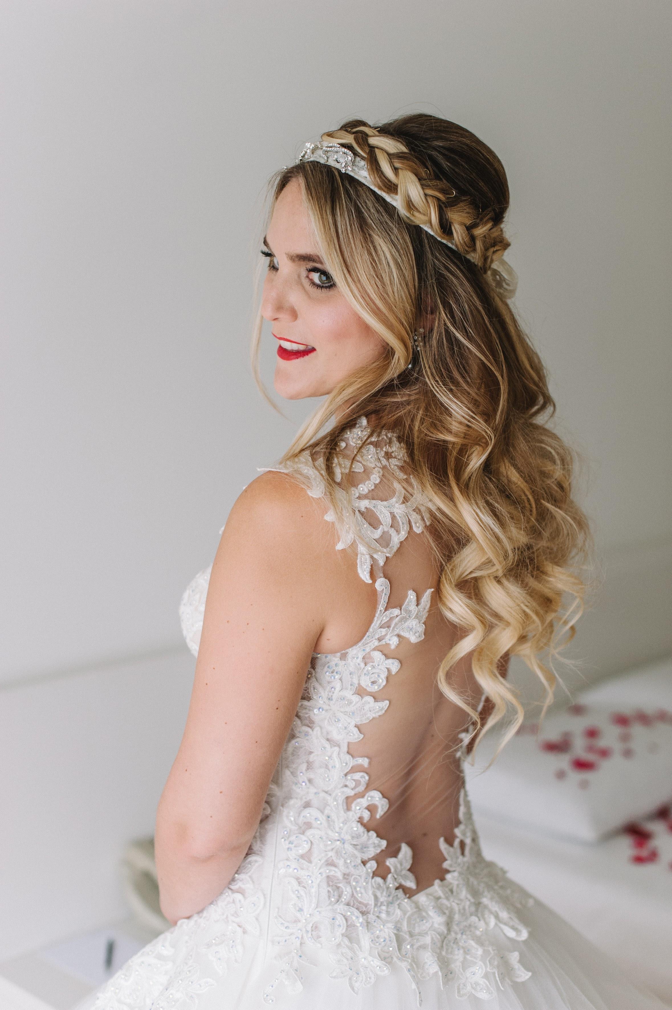 Daria im Hochzeitsgewand