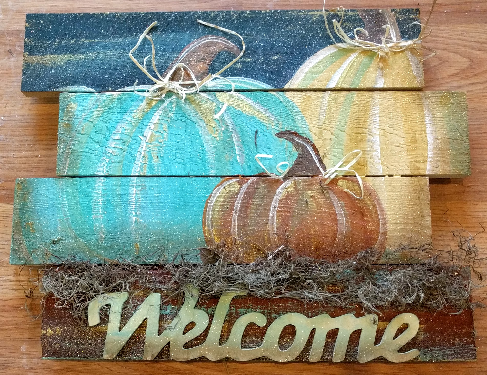 Welcome Pumpkin Trio Pallet