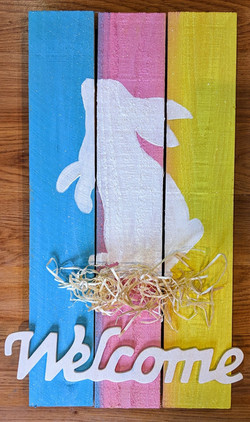 Welcome Easter Bunny Pallet