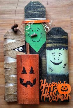 Happy Halloween 4 Monsters