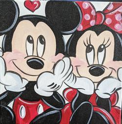 Micky & Minnie in Love