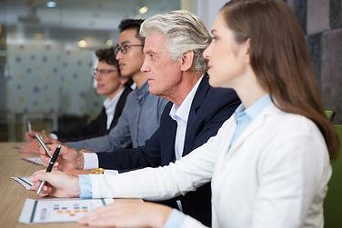 Collaboration intergénérationnelle en entreprise