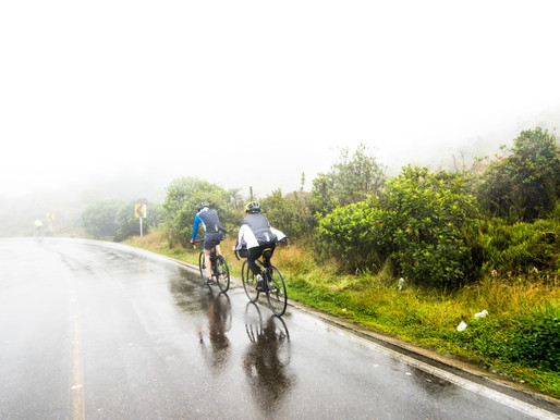 Road cycling near Bogota: Reach that perfect view from Guadalupe hill