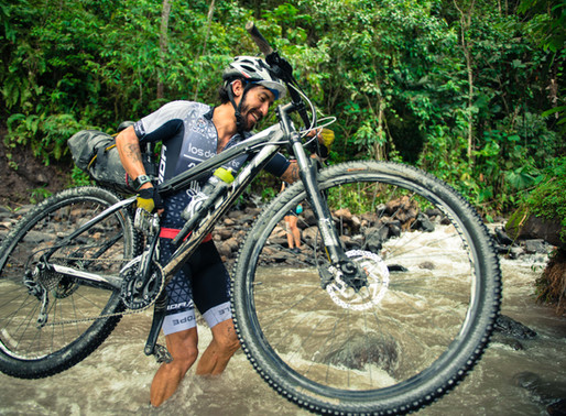 Adventure cycling in Colombia with Omar, our cycling advisor