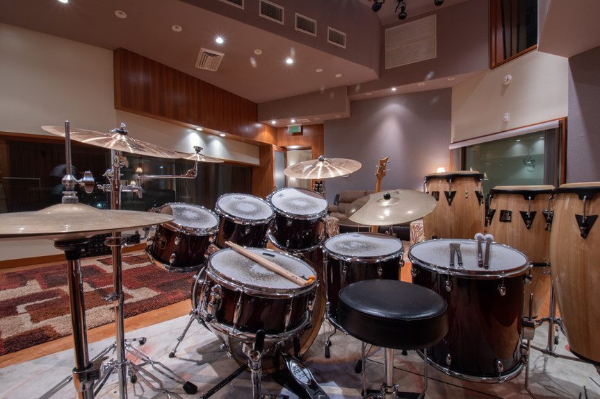 Virginia Beach Recordiing Arts Studio A Live Room With Drum Set Placed