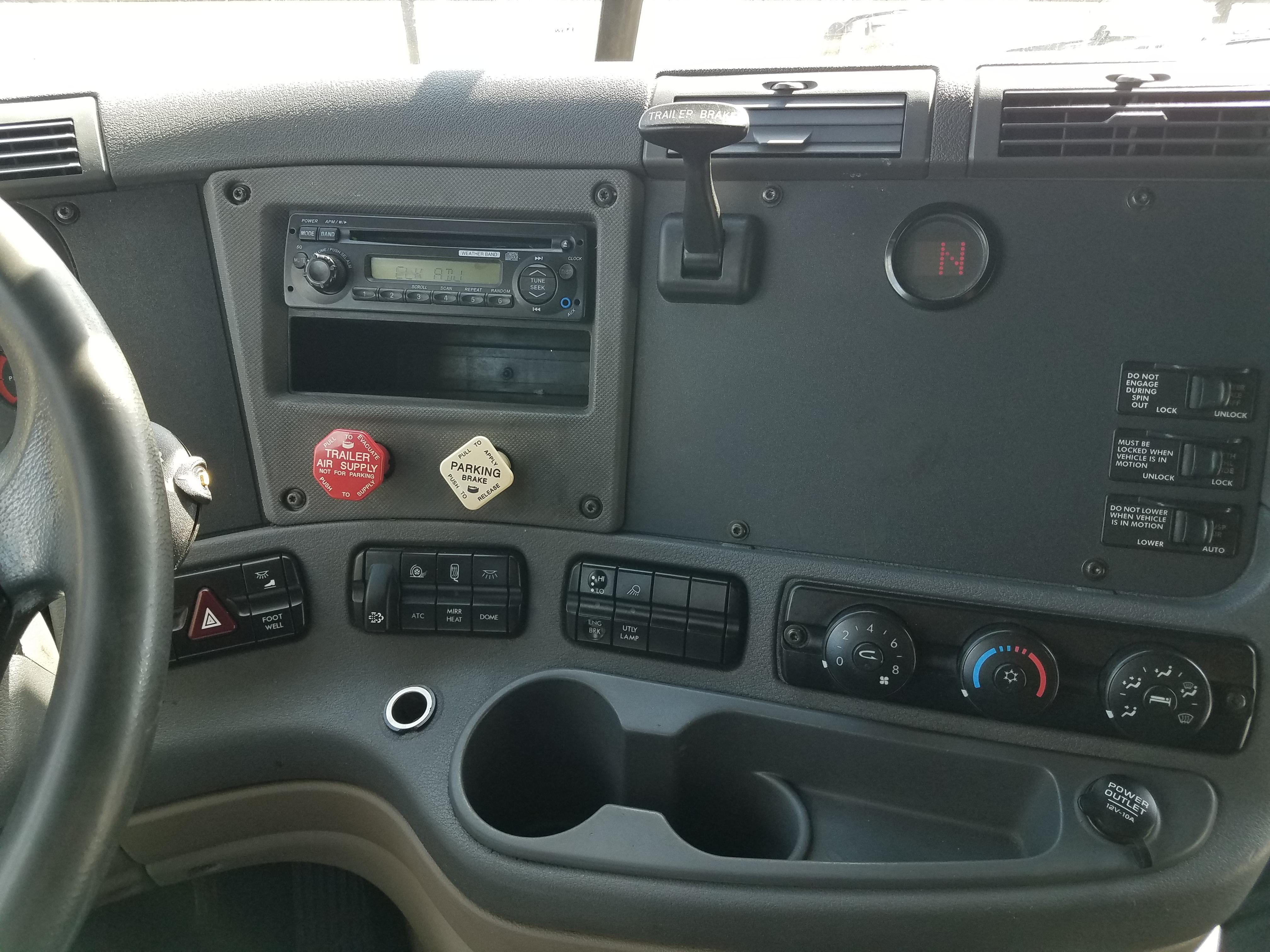 AW3263 (2)