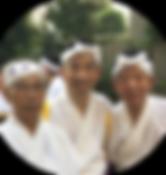 三役(左から宮崎、有木、清水).png