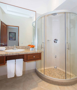 Tamarindo Diria Bathroom
