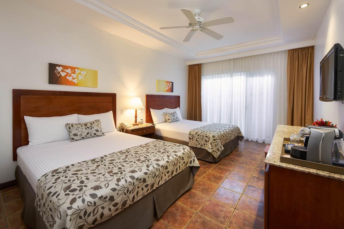 Tamarindo Diria Room