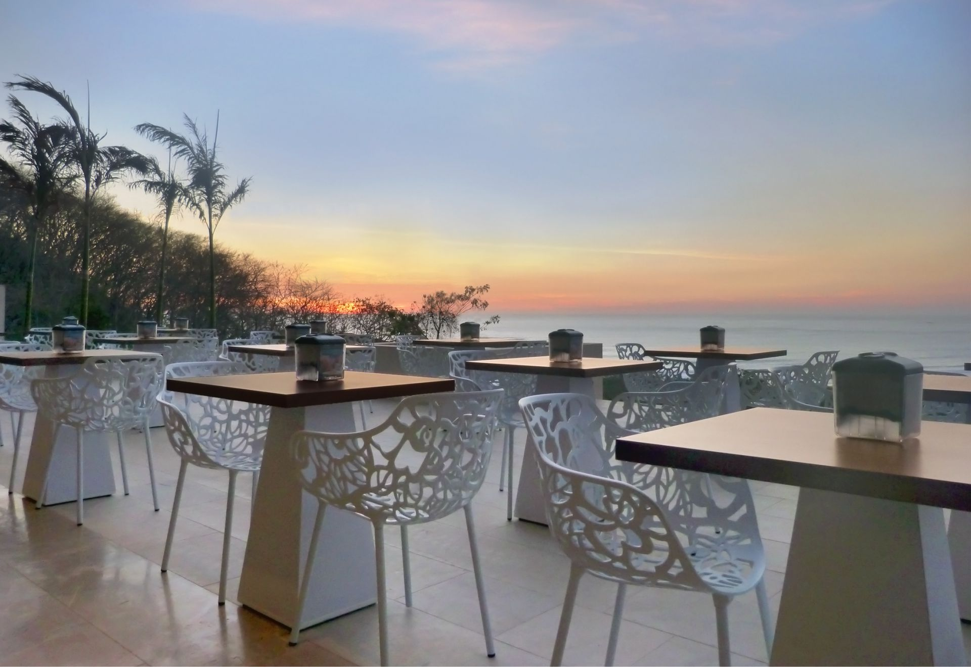 Tamarindo Wyndham Restaurant sunset