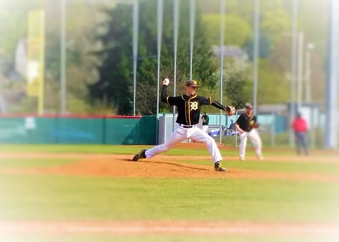 Julius Ross Pitching