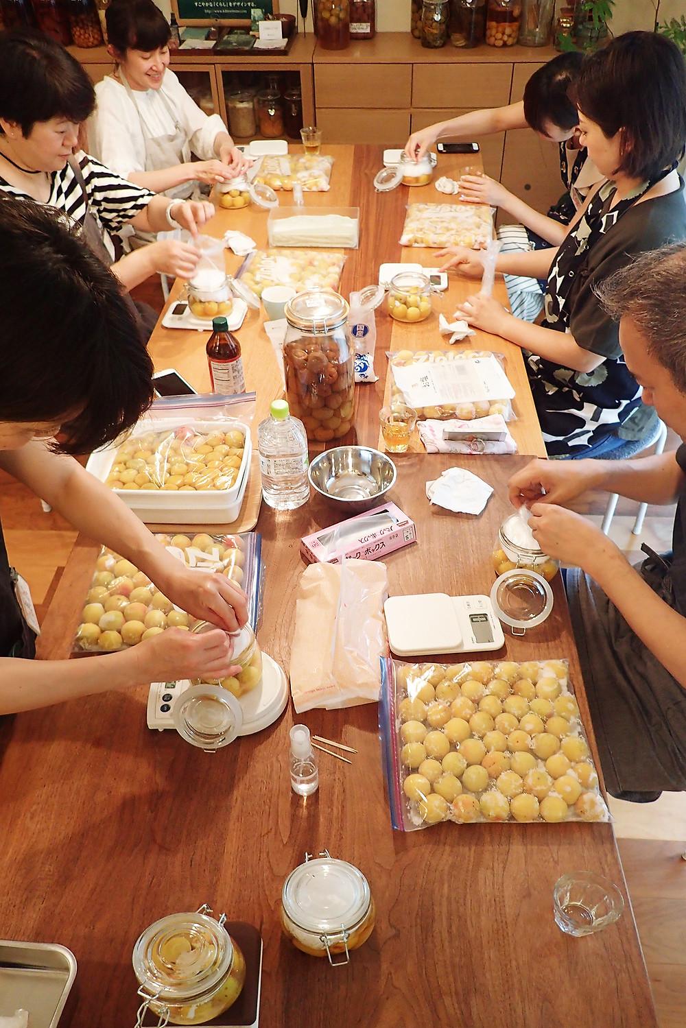 #モリ乃ネ #morinone #くらしデザイン #料理教室 #発酵料理 #発酵食品 #発酵食づくり #ワークショップ #保存食 #自家製 #食べる #五感 #くらし #びんdeKitchen